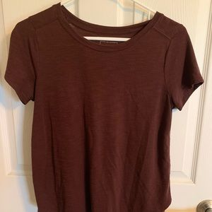 Women's Burgundy Short Sleeve Top